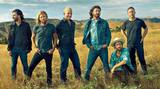 FOO FIGHTERS、米TV番組にて披露した最新アルバム『Concrete And Gold』収録曲「The Line」パフォーマンス映像公開!