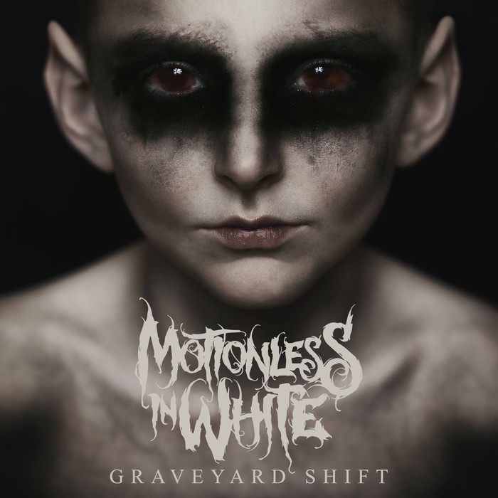 MOTIONLESS IN WHITE、最新アルバム『Graveyard Shift』より「Voices」MV公開!