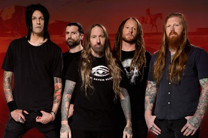 DEVILDRIVER、7/6リリースのニュー・アルバム『Outlaws 'Til The End: Vol. 1』よりBrock Lindow(36 CRAZYFISTS)をフィーチャーした「Copperhead Road」リリック・ビデオ公開!