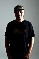 KYONO(THE MAD CAPSULE MARKETS etc.)、初の個人名義でアルバム『YOAKE』10/17リリース決定!JESSE(RIZE/The BONEZ)、MAH (SiM)、Tokyo Tanaka(マンウィズ)の豪華ゲスト参加も!