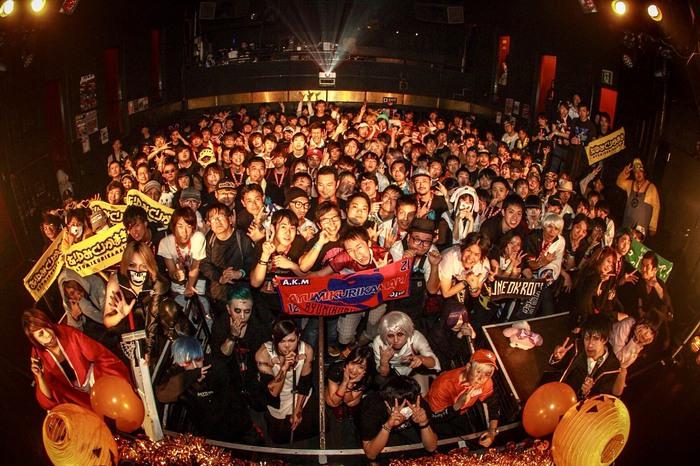 約750名を動員!昨日10/21開催の東京激ロックDJパーティー18周年記念&ハロウィンSP@渋谷clubasia、大盛況にて終了!次回は11/10渋谷THE GAMEにて原点回帰のナイトタイム開催!