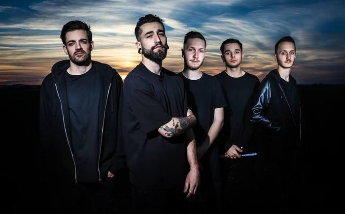 フランスの最重要ポスト・ハードコア・バンド NOVELISTS、新曲「Eyes Wide Shut」MV公開!