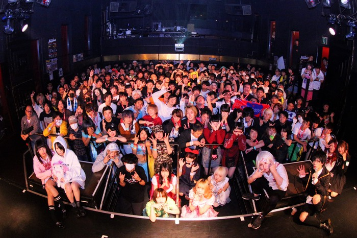 約750名を動員した10/21東京激ロックDJパーティー18周年&ハロウィンSP@渋谷asiaのレポート第2弾公開!次回は11/10渋谷THE GAMEにて原点回帰のナイトタイム開催!