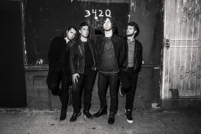 オルタナティヴ・ へヴィ・ロック・バンド NOTHING MORE、最新アルバム『The Stories We Tell Ourselves』より「Let 'Em Burn」MV公開!