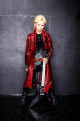 SYU(from GALNERYUS)、明日1/23リリースのソロ・アルバム『VORVADOS』よりメタル・ディーヴァ Fukiをフィーチャリングした「REASON」MV公開!