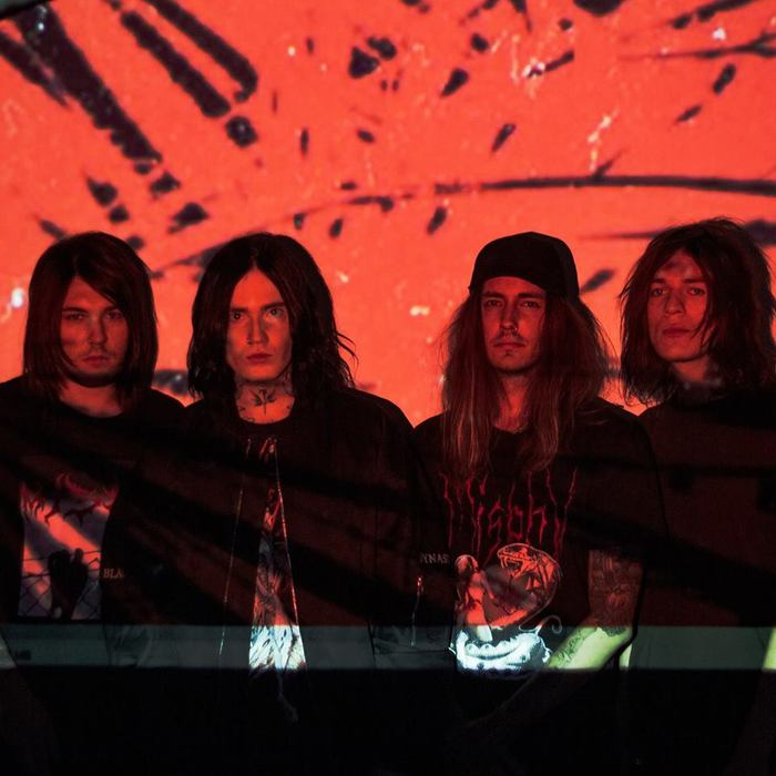 Denis Stoff(ex-ASKING ALEXANDRIA)による新バンド DRAG ME OUT、デビュー・アルバム『Pressure』リリース&音源公開!