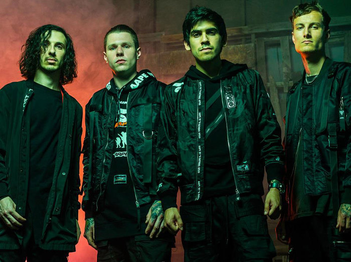 CROWN THE EMPIRE、「Are You Coming With Me?」スタジオ・ライヴ映像公開!