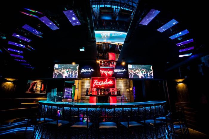 店内写真公開!激ロックエンタテインメントがプロデュースするMusic Bar ROCKAHOLIC新宿、明日3/22オープン!