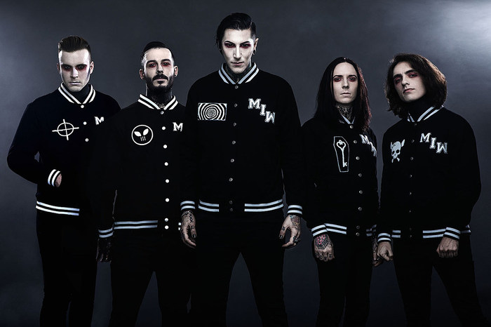 MOTIONLESS IN WHITE、ニュー・アルバム『Disguise』6/7リリース決定!新曲「Disguise」、「Brand New Numb」音源公開!