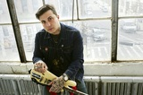 Frank Iero(ex-MY CHEMICAL ROMANCE)の新プロジェクト FRANK IERO AND THE FUTURE VIOLENTS、NYのワイナリーでのパフォーマンス映像公開!