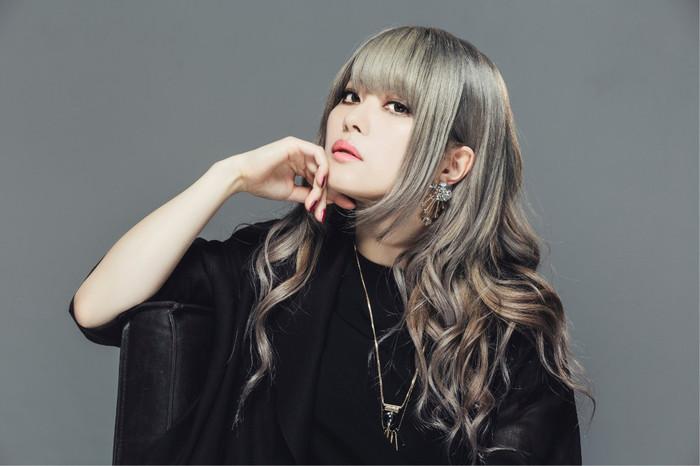 メタル・クイーン Fuki、6/12リリースのソロ・アルバム『Million Scarlets』より「Bloody Rain」MV公開!
