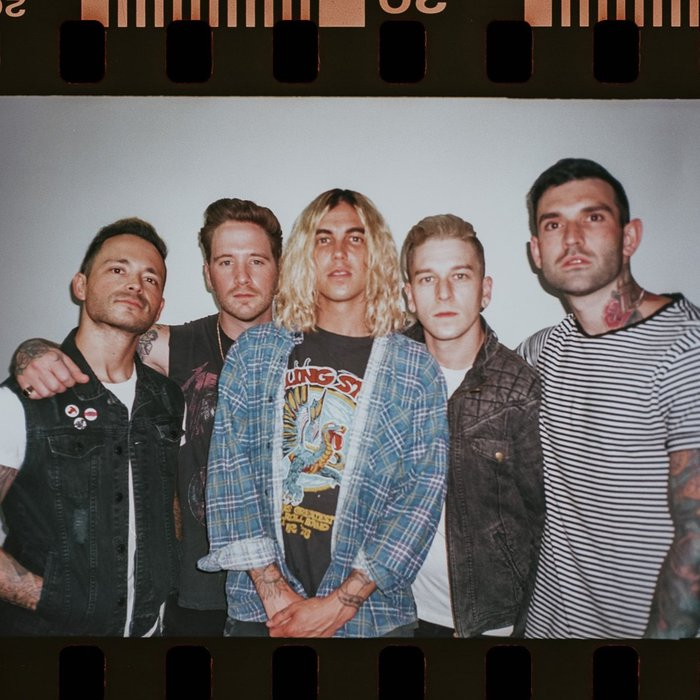 SLEEPING WITH SIRENS、9/6リリースのニュー・アルバム『How It Feels To Be Lost』より「Break Me Down」音源公開!