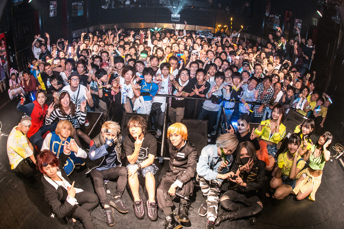 700名弱を動員した10/27(日)東京激ロックDJパーティー19周年記念&ハロウィン・スペシャル@渋谷clubasiaのレポート第2弾公開!次回は12/14渋谷THE GAMEにてオールエイジ参加可能のデイタイム開催!