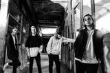 フランスのDjent/ポスト・ハードコア・バンド NOVELISTS FR、来年1/24リリースのニュー・アルバム『C'est La Vie』より「Somebody Else」MV公開!