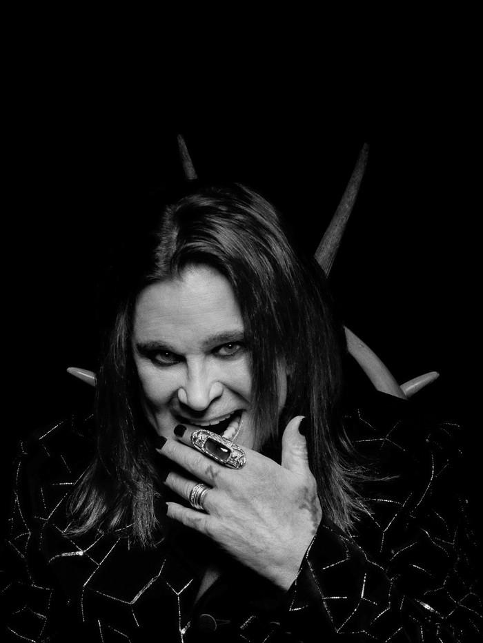 Ozzy Osbourne、約10年ぶりニュー・アルバムからの1stシングル「Under The Graveyard」リリース!アルバム・タイトル&参加ミュージシャンも発表!