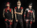 MÖTLEY CRÜEのNikki Sixx率いるハード・ロック・バンド SIXX:A.M.、新曲「Talk To Me」MV公開!