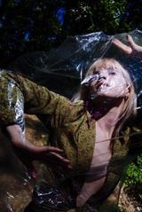 Hayley Williams(PARAMORE)、初のソロ・アルバム『Petals For Armor』より「Leave It Alone」MV公開!