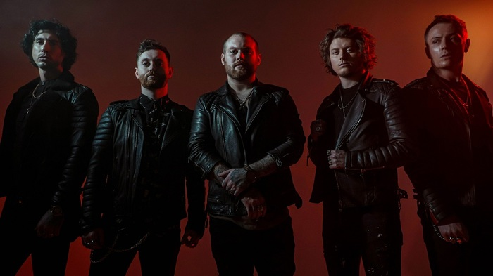 ASKING ALEXANDRIA、5/15リリースのニュー・アルバム『Like A House On Fire』より「Down To Hell」リリック・ビデオ公開!