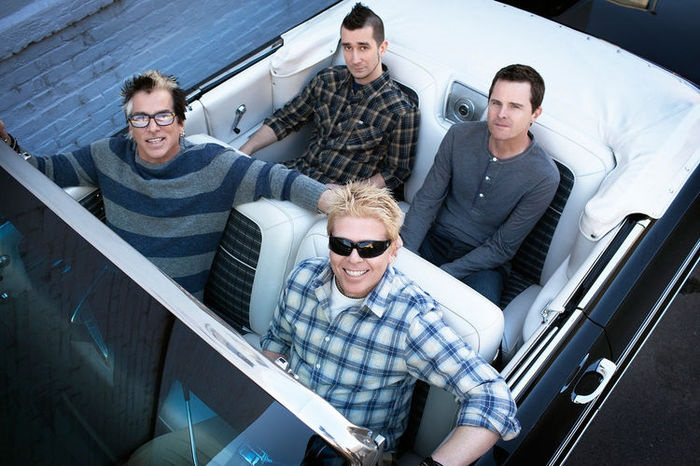THE OFFSPRING、THE CLINTON JOHNSON BANDのカバー曲「Here Kitty Kitty」MV公開!