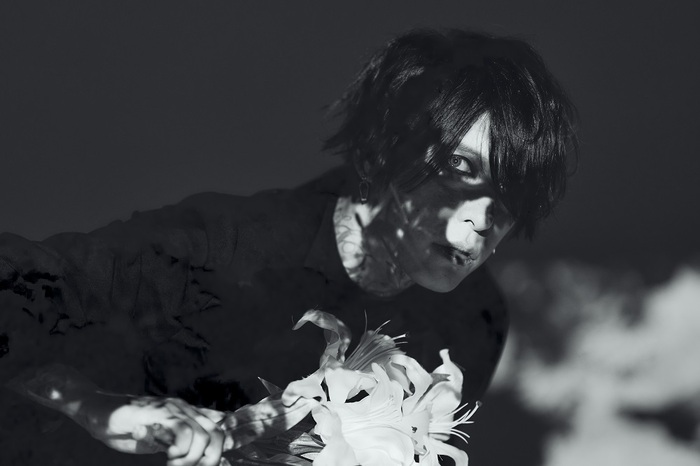 葉月(lynch.)、9/16リリースの初ソロ・アルバム『葬艶-FUNERAL-』より「D.A.R.K.」先行配信スタート!