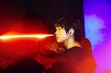 """ピエール中野(凛として時雨)がプロデュースする大ヒット・イヤホン""""ピヤホン""""を同梱したコンピCD『#ピヤホンで聴こう』12/16リリース決定!"""
