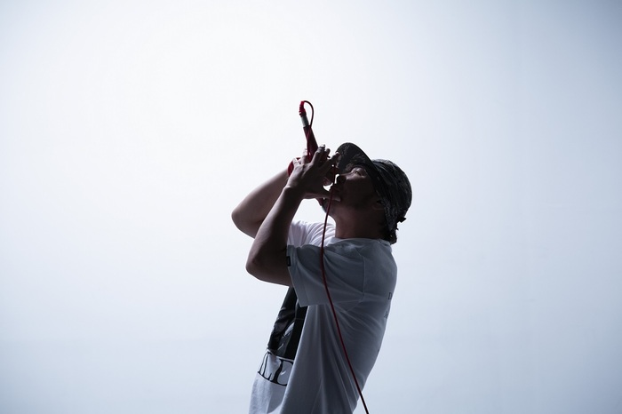 KYONO、2ndアルバム『S.A.L』10/21リリース!Kj(Dragon Ash)、TAKUMA(10-FEET)との初共演曲&JESSE(RIZE/The BONEZ)と共演したライヴ映像収録!