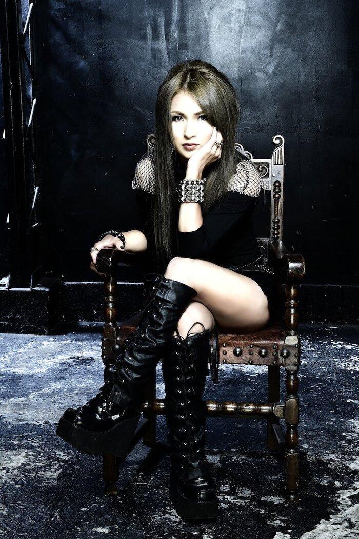 IBUKI、1stアルバム『ExMyself』UK / EU限定盤リリース決定!ボーナス・トラックも収録!