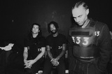FEVER 333、ニューEP『Wrong Generation』より「Walk Through The Fire」ヴィジュアライザー公開!