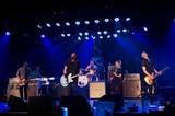 "FOO FIGHTERS、先週末に開催したオンライン・ライヴ""Live from The Roxy Show""よりライヴ写真到着!新曲「Shame Shame」含む全12曲披露!"