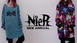 NieR (ニーア)より、フロントと背中に大きくNieRちゃんのイラストがプリントされたロンTや、特殊なプリント方法でキラキラとしたデザインが映えるジャケットなど新作一斉入荷!