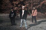 札幌発のオルタナティヴ・バンド CVLTE、気鋭の海外アーティストとコラボレーションした「paradise. (feat. demxntia)」MV公開!