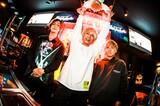 """新宿 歌舞伎町の魅力を発信中のWEBマガジン""""MASH UP! KABUKICHO""""、Music Bar ROCKAHOLICに迫る特集の後編として八木優樹(KEYTALK)との座談会を公開!"""