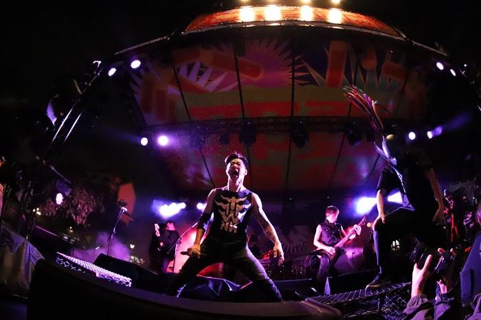 CHTHONICのFreddy&JesseとFLESH JUICERがコラボ・ライヴ・シングル「Turn The Sun Off」リリース!ライヴ映像も公開!