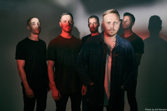 ARCHITECTS、2/26リリースのニュー・アルバム『For Those That Wish To Exist』より新曲「Meteor」MV公開!
