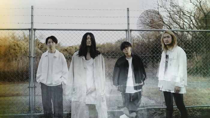 a crowd of rebellion、最新アルバムから5人体制ラストMV「Under The Split Tree」公開!新体制アー写も同時解禁!