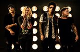 ESCAPE THE FATE、4/16リリースのニュー・アルバム『Chemical Warfare』より「Unbreakable」リリック・ビデオ公開!