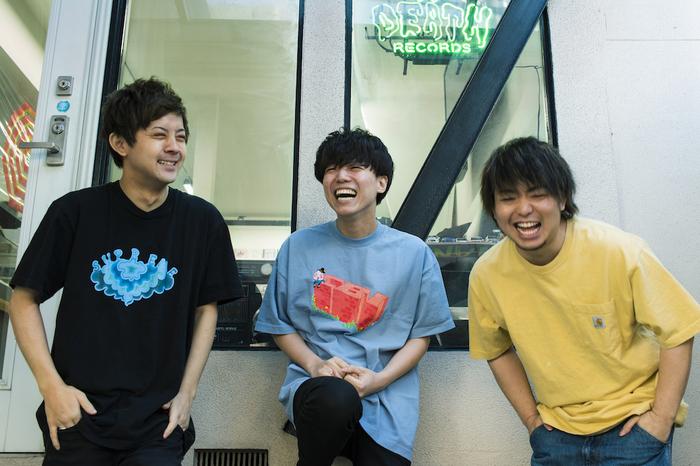 KUZIRA、1stフル・アルバム『Superspin』から新曲「Spin」を4/26にJ-WAVEで初解禁!