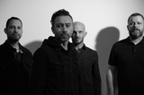 RISE AGAINST、4年ぶりニュー・アルバム『Nowhere Generation』より新曲「The Numbers」MV公開!
