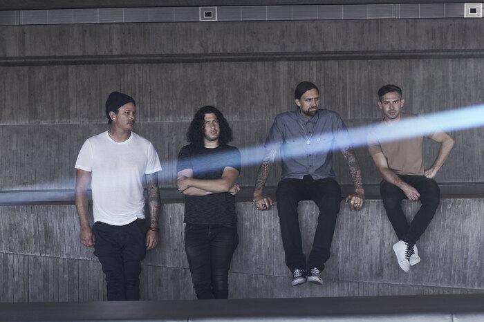 Tom DeLonge(ex-BLINK-182)率いるANGELS AND AIRWAVES、ニュー・アルバム『Lifeforms』リリースを宇宙から発表!