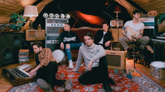 CHUNK! NO, CAPTAIN CHUNK!、ニュー・アルバム『Gone Are The Good Days』より「Complete You」MV公開!