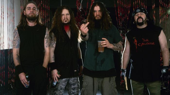 PANTERA、2001年に横浜アリーナで行われたラスト・ライヴより「Fucking Hostile」の映像公開!
