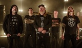 AT THE GATESなどのメンバー擁するスウェディッシュ・デス・メタル・バンド THE LURKING FEAR、ニュー・アルバム『Death, Madness, Horror, Decay』より「Death Reborn」MV公開!